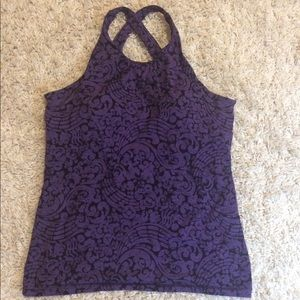 Workout top from Lucy with built in padding